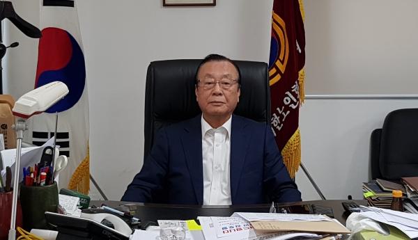 10월 18일로 취임 1주년을 맞은 황수연 지회장.